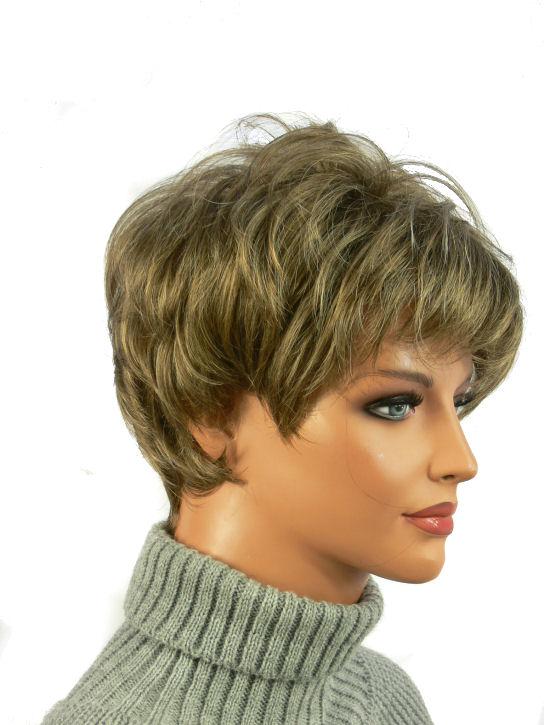 Peruka Ciemny Blond Krótka Piękna Fryzura
